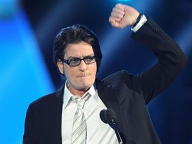 CHARLIE SHEEN TWEETS GOODBYE TO FOLLOWERS